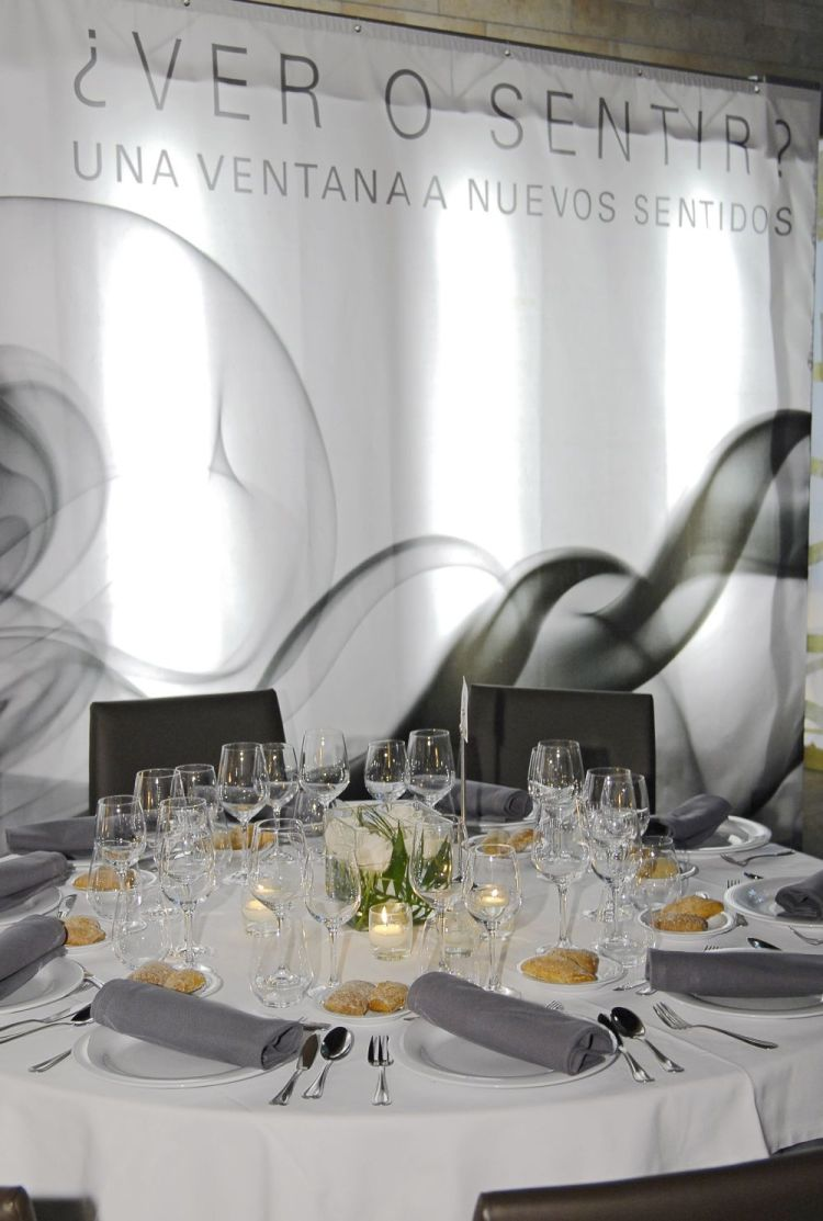 Banquete Mesa Redonda Abajo