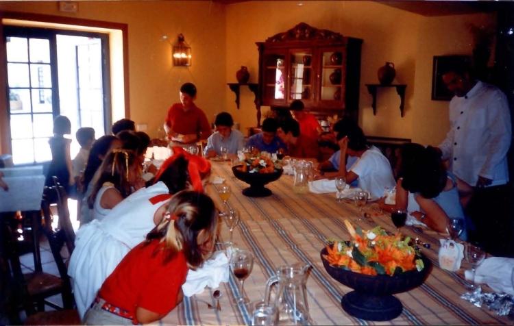 mesa de niños comunión carmen