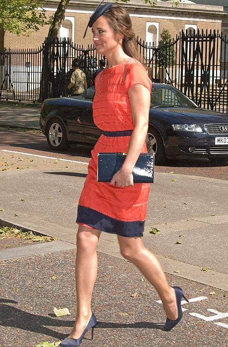 Pippa Middleton y su look en tonos coral y azul petróleo