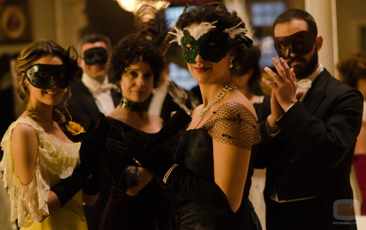 Baile de Máscaras en la serie de antena3 `Gran Hotel´