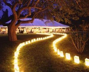 Bolsas de papel y velas en bodas de tarde - Decoracion bodas sencillas economicas ...