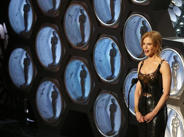 La actriz Nicole Kidman dejó salir toda su eleganacia y estilo en la gala más importante del cine.