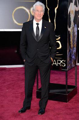 Richard Gere llega a la alfombra roja de los Oscar 2013