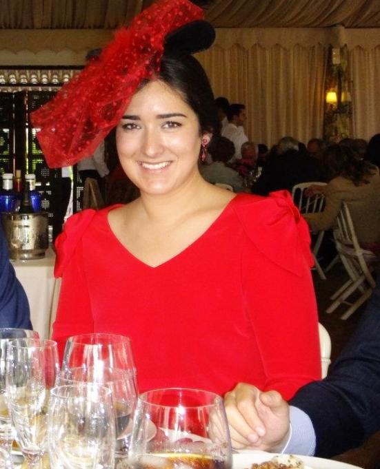 Traje Rojo Vestido María Hernández