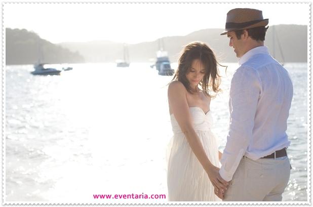 bay-cottage-wedding-lake-mountains-bride-groom