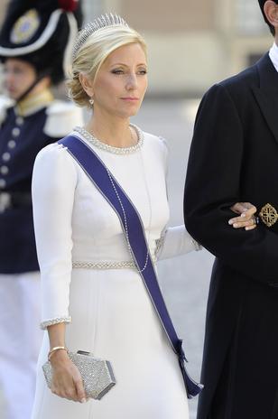 Marie Chantall, que se dedicó a subir fotos en Instagram, fue una de las que se saltó el protocolo luciendo un vestido blanco.