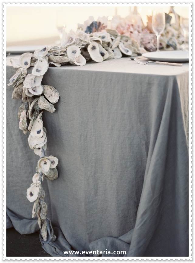 beach-wedding-reception-oyster-garland-centerpiece