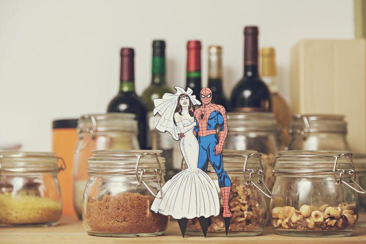 Figura de novios superheros {Foto, @3 deseos y medio}