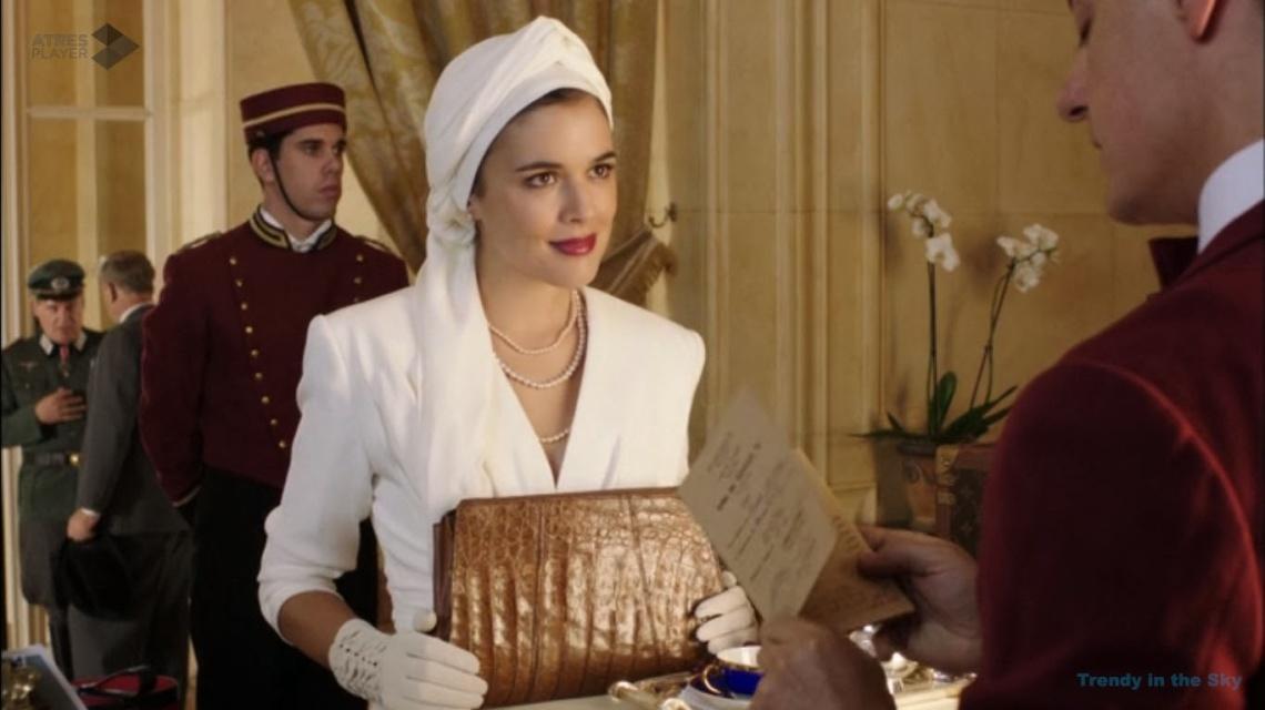 Sira Quiroga traje blanco 2