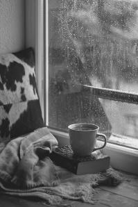 Ventana, lluvia, café