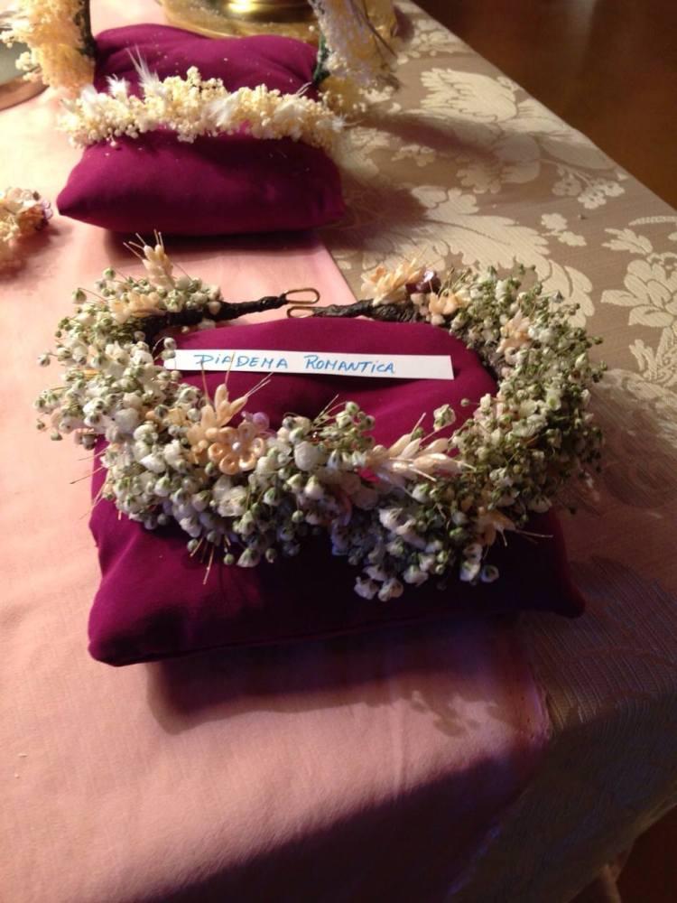 corona flores novia porcelana