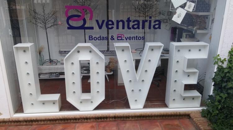 letras love para alquilar en bodas sevilla eventaria