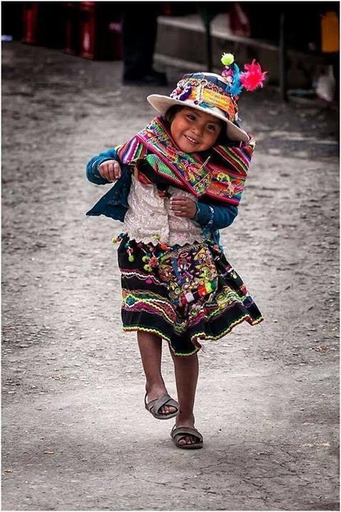 mexicana sonriendo