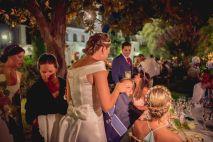 Azafata EVENTARIA pendiente de la novia a todas horas